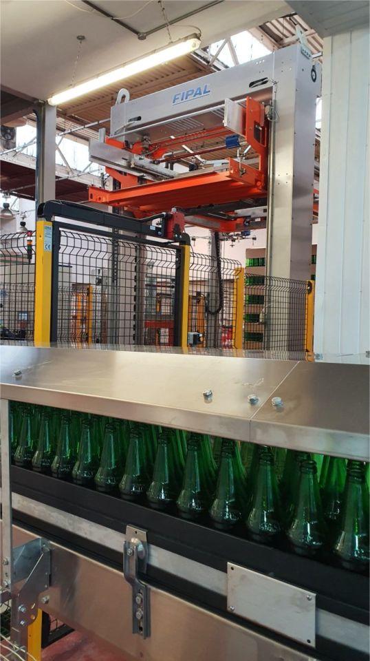 Fipal De-palletiser for bulk glass
